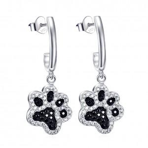 Prachtige zilveren hondenpootjes oorbellen ingelegd met mooie zirkonia stenen