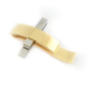 Verzilverd/veguld kruis met ketting